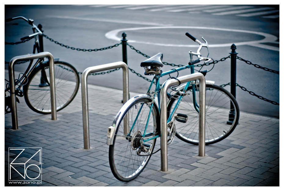 miejski-nowoczesny-stojak-na-rower-Piko